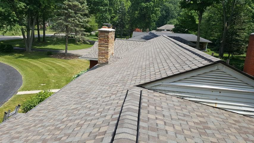 High quality roofing - Paramount Building